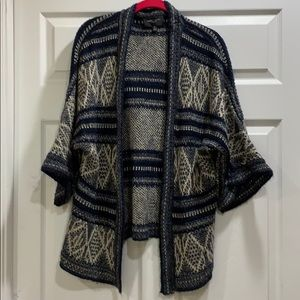 Romeo + Juliet Couture Open Cardigan Sweater S